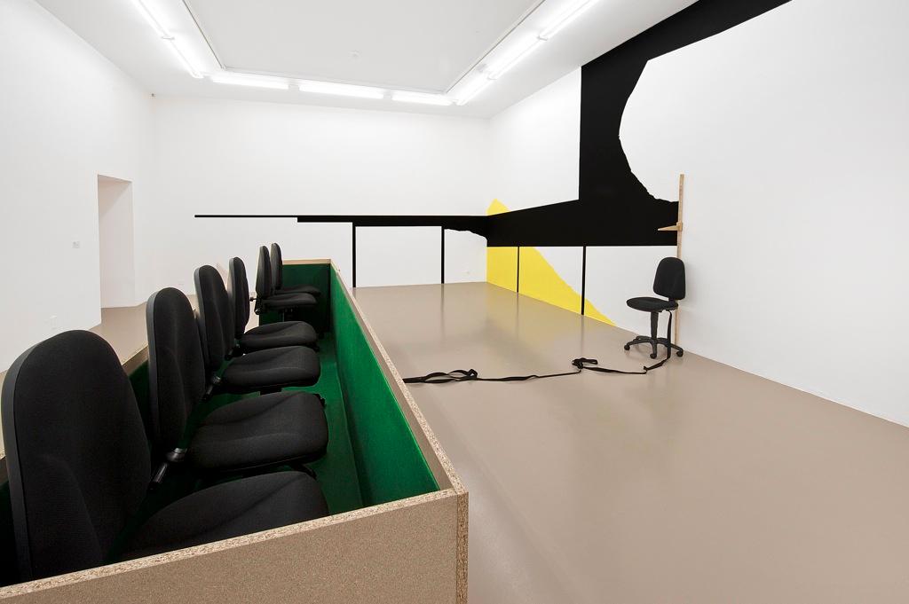 Juge et partie, vue de l'exposition Collection'10, Institut d'art contemporain, Villeurbanne/Rhône-Alpes, 2010
